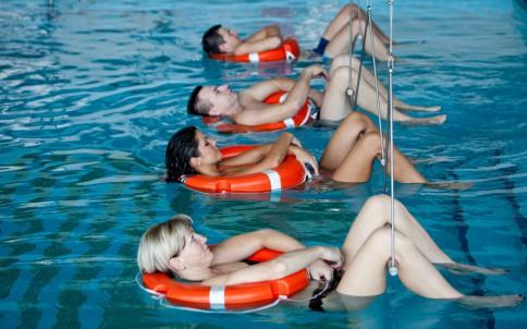 Vertikalios vonios - labai smagi procedūra. Ir vanduo kaip Karibuose. Nuotrauka iš www.sanatorija.lt